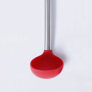 Detail of the silicone and stainless steel ladle LOE