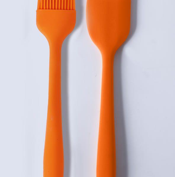 Par de herramientas de cocina. Conjunto de pincel y espátula de silicona LOE